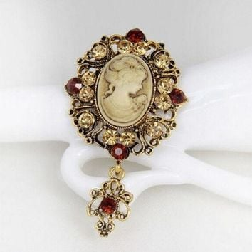 CREYUG3 vintage cameo brooch pins brooches for women rhinestones broche flower brooch fashion jewelry = 1946083204