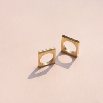 Studiokyss Brass Square Ring