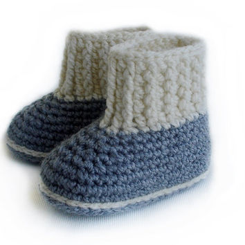 Crochet Pattern Baby Booties ,  Baby booties for boys and girls,  PDF Crochet Pattern N.105