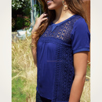 SZ LARGE Astrid Way Navy Woven Knit Lace Top