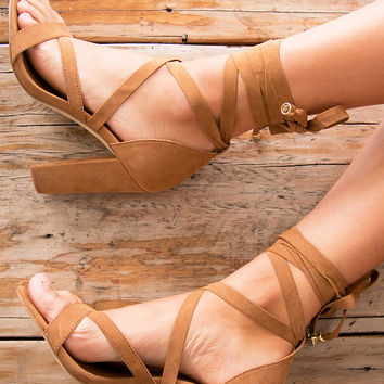 GIDGE HEELS (TAN) - LIPSTIK