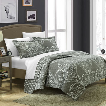 Chic Home 2 Piece Revenna REVERSIBLE printed Quilt Set. Front a traditional pattern and Reverses into a houndstooth pattern, Twin, Silver