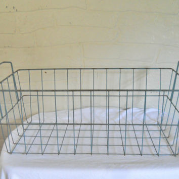 Industrial Decor Chippy Paint Wire Basket Machine Age Rusty Metal Basket Farm Decor Rustic Decor Wire Organizer Wire Crate Large Basket Blue