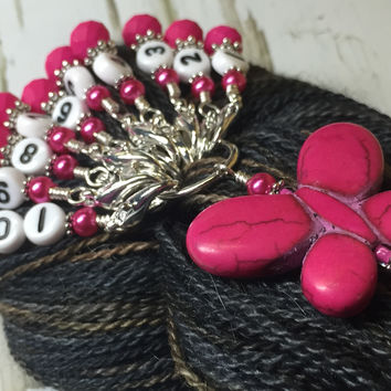 Numbered Stitch Marker Set with Pink Butterfly Holder