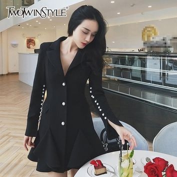 TWOTWINSTYLE Mermaid Dress For Women Pearls Patchwork V Neck Flare Sleeve Slim Mini Dresses Lady Autumn Fashion OL 2018 Clothing
