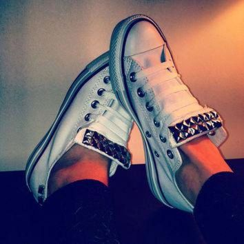 DCCKHD9 ANY COLOR Studded Converse Shoes