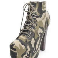 On The Combat Platform Boot Camouflage