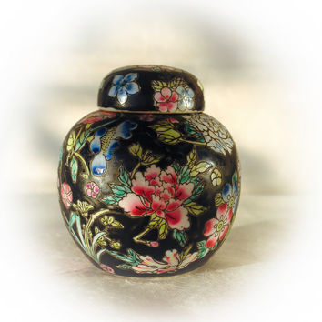 Vintage Chinese Ginger Jar Black Floral Tea Jar and Cover