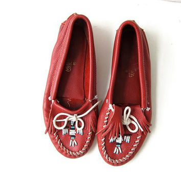 20% OFF SALE Vintage Red Moccasins. Leather Beaded Shoes. Women's moccasins. Slip ons. Phoenix bird beading