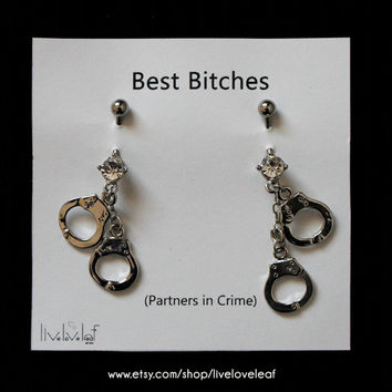 Silver Handcuffs Belly button rings - Set of 2 Matching Best Friends or Partners in Crime Belly Barbell Rings Body Piercing Body Jewelry BFF
