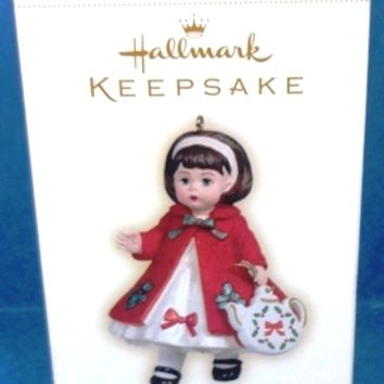 2006 Christmas Tea Hallmark Retired Series Ornament