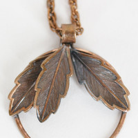 Vintage 60s Necklace / 1960s Bell Copper Delicate Leaf Pendant Necklace