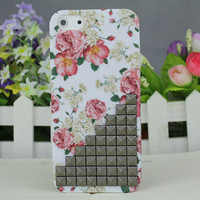 Black Stud And Rose Hard Case Cover for Apple iPhone 5 Case iPhone 5 Cover iPhone 5 Case iPhone 5g