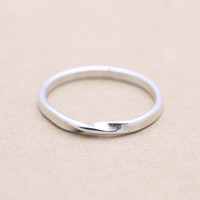 925 sterling silver twisted band ring