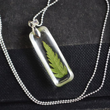 Real Plant Necklace. Plant in Resin Necklace. Green  Fern Necklace. Pressed Flower Jewelry.