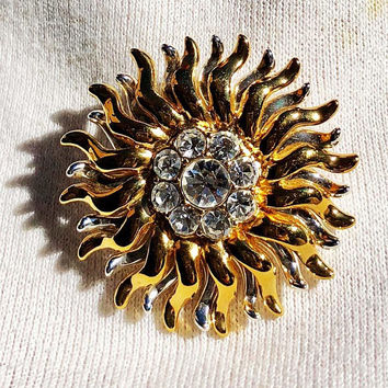 Monet Sunburst or Sunflower Brooch Pin Signed Gold Tone Vintage - Monet Sunburst Brooch Rhinestone Center Signed Vintage