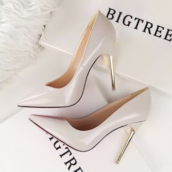 Elegant Classic Point Toe Dress Heels