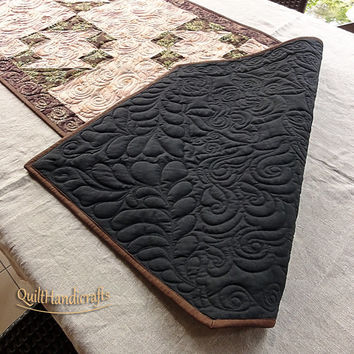 Big statement table runner Table centre piece Patchwork quilted table runner of classic style.