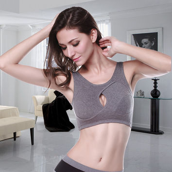 Fashional new style Bra no steel ring plus cotton pad without any pressure material bra
