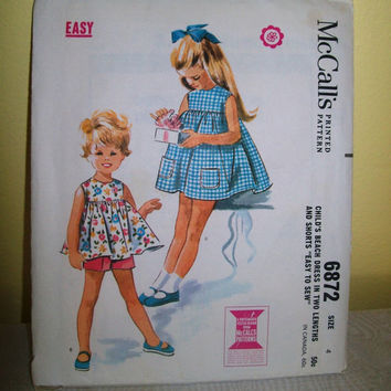 12-0811 Vintage 1960s McCall's Pattern 6872 / Little Girl's Clothing Pattern / Child's Beach Dress and Shorts / 1963