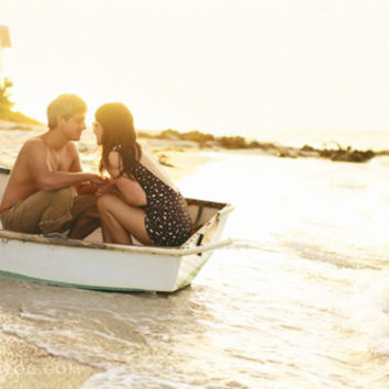 beach, boat, couple, cute, dress - inspiring picture on Favim.com