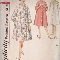 Retro 60s Simplicity Sewing Pattern House Dress Button Front Robe Cape Collar Bathrobe Bust 31