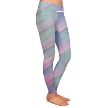 https://www.dianochedesigns.com/leggings-sylvia-cook-diagonal-stripes-purples.html