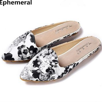 Ladies flower slippers print spike shoes non-slip pointed toe sandals flats footwear women heels summer slides big size 43 blac