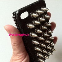 Spiker Cell Phone Case for iphone 4 or 4s