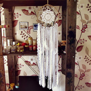 Boho Dreamcatcher -  Bohemian Bedroom Decor -  White Dream Catcher - Gypsy Decor - Boho HIppie Wall Hanging - Made To Order