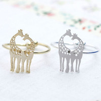 Loving Giraffe adjustable ring in silver/ gold