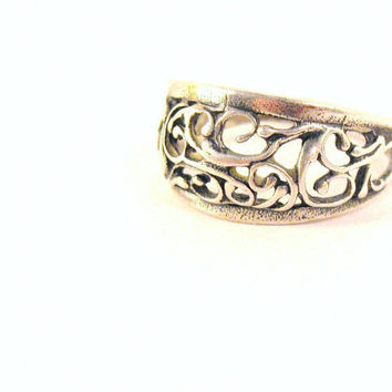 SALE Silver Filigree Ring womens size 9 by colorsoulartistry