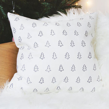Christmas cushion cover with christmas tree design. Handmade Christmas pillow cover, decorative cushion, xmas decoration, winter cushion