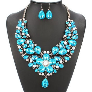 Blue Faux Pearl Floral Shape Necklace and Earrings Jewelry