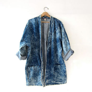 Vintage 80s slouchy acid wash jean jacket. Stone washed denim coat. Long jean jacket. Cocoon Jacket. Baggy Oversized.