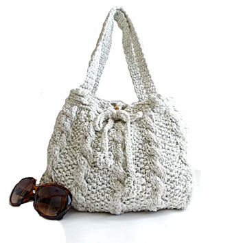 Handmade knit bag- Free Shipping- Useful bag- Ipad,Book,Netbook,Phone,Macbook- Grayish white- Tote- Unique handbag- Daily use