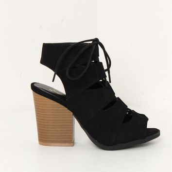 Chunky Lace Up Heels Black