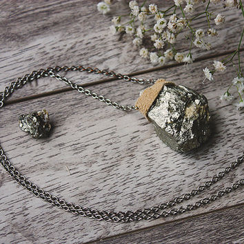 Raw Pyrite, Stone Necklace, Yogi Jewelry, Healing, Boho Necklace, Silver Necklace, Handmade Jewellery / ABSOLUTE