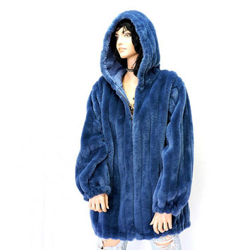 Faux fur blue coat / size M L /12 / 16 / 1980s hooded reversible blue faux fur jacket / raincoat / 80s Komitor rad retro plush blue fur coat