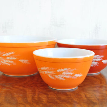 Vintage Pyrex Mixing Bowl Set, Wheat or Autumn Harvest Pattern