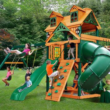Gorilla Playsets Mountaineer Malibu Wooden Swing Set