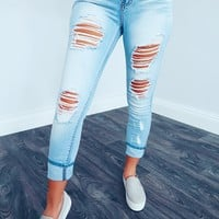Distressed & Chic Jeans: Light Denim