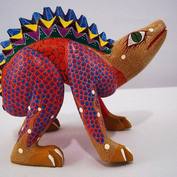 A039 beautiful brown chameleon alebrije oaxacan wood carving handcrafted mexican folk art