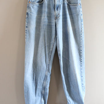 Levis 550 Waist 32 Vintage Levi's Jeans Mid Waist Relaxed Fit Zip Fly Light Blue Washed Denim Boyfriend Jeans Mom Jeans Hipster 32X36 #P013A