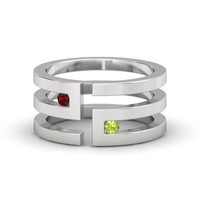 Sterling Silver Ring with Red Garnet & Peridot