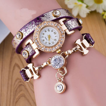 Gold Alloy Diamond Pendant Three Coil Winding Watch