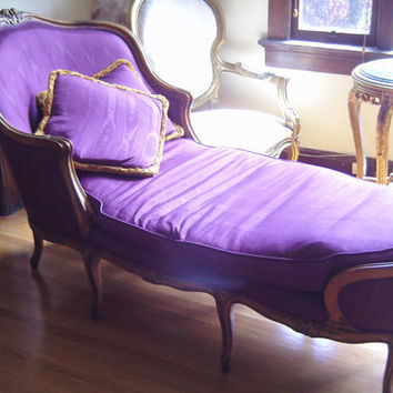 French Purple Fainting Couch Hollywood by veryfrenchbydesign