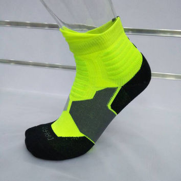 Hot Deal On Sale Sports Socks Permeable Professional Basketball  [10383496716]