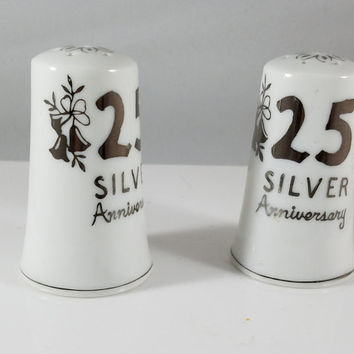 25 Silver Annversary  Salt and Pepper Shakers   (979)