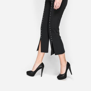 Black Leather Platform Pumps | CHARLES & KEITH